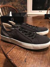 Naturalizer Morrison mesh white sneaker  casual sport style