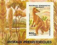 Timbre Préhistoire Madagascar BF50 ** lot 24896