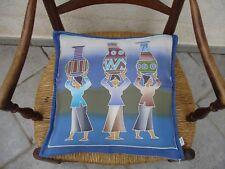 Housse de coussin neuve en batik sur soie bleu dominant
