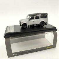 Master 1:64 Land Rover Defender 110 Diecast Models Toys Car Christmas Decoration
