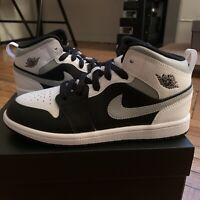 Air Jordan 1 Mid White Shadow PS Size 2y