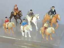 """VINTAGE BRITAINS MODEL No.   """"THE FAMILY OUT HORSE RIDING""""  6 FIGURE DIORAMA SET"""