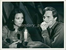 1977 Alan Alda on Set of MASH Original News Service Photo