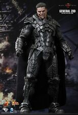 SUPERMAN - Man Of Steel: General Zod 1/6th Scale Action Figure MMS216 (Hot Toys)