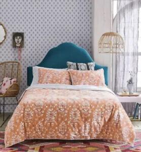 Opalhouse IKAT Tufted Velvet Quilt Coral TWIN XL  & 1 Standard Sham New