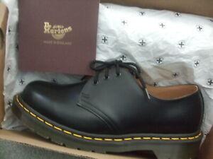dr martens made in england size uk 8 (1461) 3 eyelet black leather shoes
