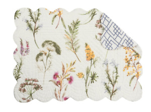 GENEVIEVE Quilted Reversible Placemat by C&F Wildflowers on Off-White