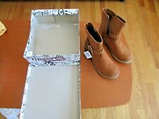 Brash Taylor Boots Cognac Zipper On Size 3 Youth or Womens Size 3