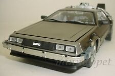 SUN STAR 2711 BACK TO THE FUTURE TIME MACHINE DELOREAN 1/18 PART 1