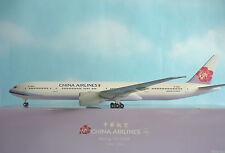 Hogan Wings 1:200 Boeing 777-300ER China Airlines B-18355 + Herpa Wing Katalog