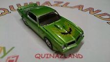 Auto World 1976 Pontiac Firebird verte (0018)