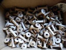 Lot de 30 anciennes petites bobines  de fil en bois déco  4,7cm