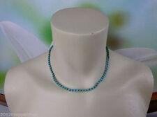 Halsketten aus Edelsteinen mit Cabochon-Schliffform und gemischten Themen