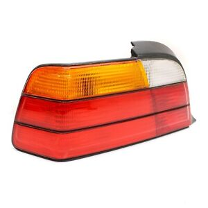 1994 - 1999 BMW E36 DRIVER SIDE TAIL LIGHT REAR LEFT TAILLIGHT LAMP RED CLEAN OE