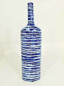 Blue And White Porcelain Bottle: Horizontal Lines(on Sale less than half price)