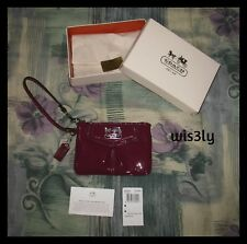 NWT Coach Madison Patent Leather Small Wristlet Berry Purple 45990 Gift Box!