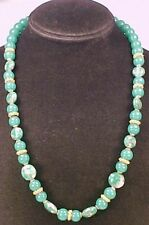 Lovely EMERALD GREEN ART GLASS BEAD & GOLDTONE NECKLACE