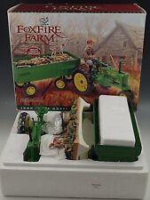 ERTL JOHN DEERE FOXFIRE FARM TRACTOR MODEL B & WAGON BY LOWELL DAVIS 1/16 SCALE