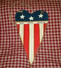 Rustic Americana Heart GOD BLESS AMERICA Patriotic Country Wood Sign