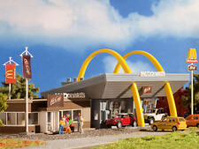 VOLLMER 43635 gauge H0, Mcdonald´s Fast Food Restaurant with McCafé #
