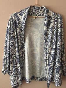 Monsoon White and Blue Floral Tropical Print Throw On Cardigan 3/4 Sleeve Size L