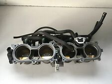 UNE RAMPE D INJECTION INJECTEUR MOTO HONDA 1000 CBR RR 2009 CBR1000RR 2009 SC59