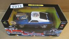 Muscle Machines '69 Mustang Boss California Vote America Blue Car Die-Cast 1:18