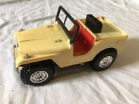 Rare Vintage MARX Battery-operated jeep Made in Hong Kong