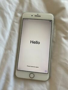 Apple iPhone 8 Plus - 64GB - Silver (Unlocked) A1897 (GSM) (CA)