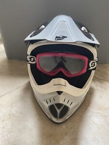 New Thor Quadrant Youth Helmet  Pink Size Small With Scott Giggles