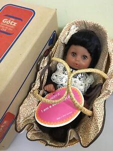 New Rare Vintage GOTZ African-American Black amie de jeu Doll w/moses basket NIB