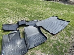 weather tech floor mats For A Kia Sportage.front And Back And A Cargo Liner $170
