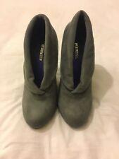 Womens Grey Size 4 La Strada Suedette high heels