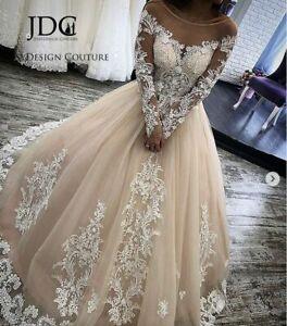Langärmeliges A-Linien Brautkleid aus feinstem Spitze Tüll Maßgeschneidert