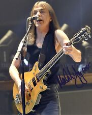 MALCOLM YOUNG SIGNED AUTOGRAPH 8x10 RPT PHOTO GREAT MUSICIAN AC/DC ACDC
