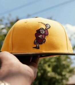 HAT CLUB EXCLUSIVE NEW ERA SAN DIEGO PADRES CATCHING FRIAR 7 3/8