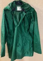Mens Nasco Light Rain Jacket Size Medium Color Dark Green