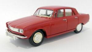 Vanguards 1/43 VA27000 Rover 2000 red