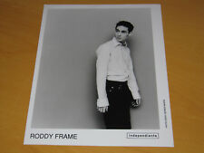RODDY FRAME (AZTEC CAMERA) - ORIGINAL UK PROMO PRESS PHOTO (A)