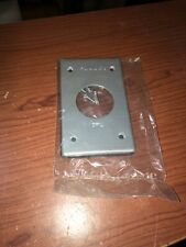 Red Dot CRL Single Receptacle Cover 1 Gang Ind. Grd. Wall Plate 1.593 Dia. Hole