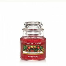 Yankee Candle Red Apple Wreath - 3.7oz Small Jar