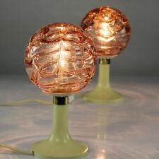alte Doria Nacht Tisch Lampen Rosa Glas Kugeln auf Tulpen Trompeten Fuß 60er