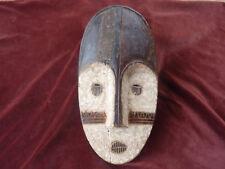 masque africain authentique bois kaolin metal de restauration ancienne H 41 cm