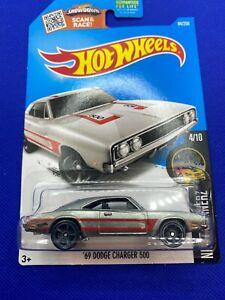 Hot Wheels 2016 Zamac  1969 Dodge Charger 500