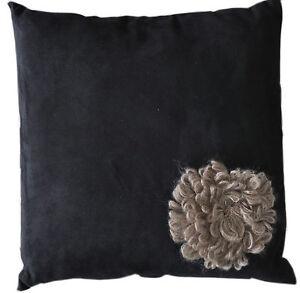 Kissen, Dekokissen Blume, 40x40cm, schwarz, K-019