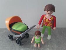 Playmobil Zubehör Ersatzteil Figur Frau mit Kinderwagen und Baby