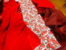 lot rouge  petits travaux couture  tissus divers ,vétements de poupées  etc....