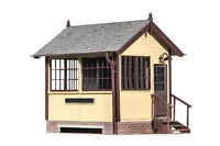 Peco LK-709 - New Product - Ground Level Signal Box O Gauge Plastic Kit T48 Post