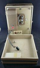 Vintage 8mm Kodak Proyector de ocho 500, buen Bulbo, necesita nuevo complemento. aparecerá.