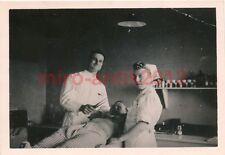 Foto, Wehrmacht, Arzt und Schwester im Behandlungszimmer (W)1235